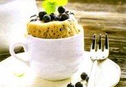 рецепт Кекс с черникой в чашке