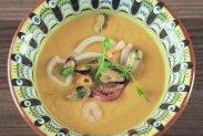 рецепт Крем-суп из тыквы с морепродуктами в мультиварке