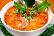 рецепт Тайский суп Том Ям курицей и креветками