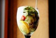 рецепт Салат с огурцами и лимоном