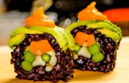 Веганский суши ролл с грибами